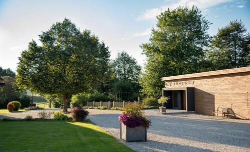 Das edle Feriendorf Forstgut im Bayerischen Wald ist der ideale Ort für einen Familienurlaub