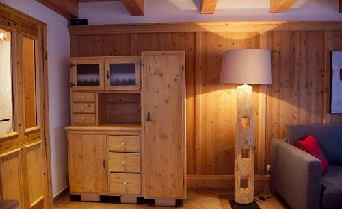 Urige Holzausstattung in Ihrem Chalet im Hüttenurlaub in Salzburg