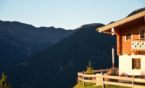 Wundervolle Ausblicke im Sommerurlaub in der Walleg-Lodge in Panoramalage in Saalbach Hinterglemm genießen