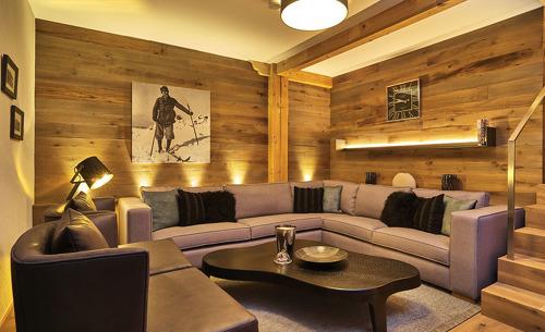Der komfortable Wohnbereich lädt ein zum Verweilen- Chalet Rosserer Wirt im Bayerischen Wald