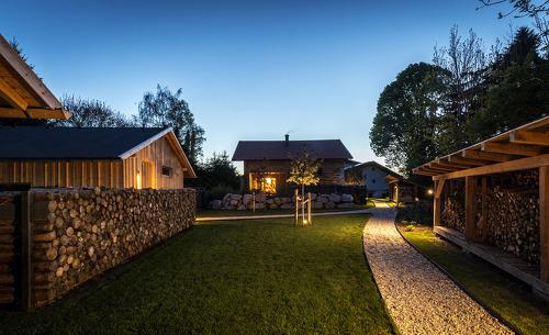 Luxuschalets Forstgut- romantische Chalets im bayerischen Waldgebirge