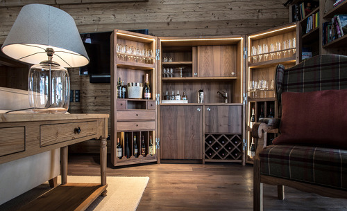 370m2 Wohnfläche verteilt auf 3 Etagen bieten Platz für bis zu 10 Personen- Luxuschalet Schmiedalm, Salzburg