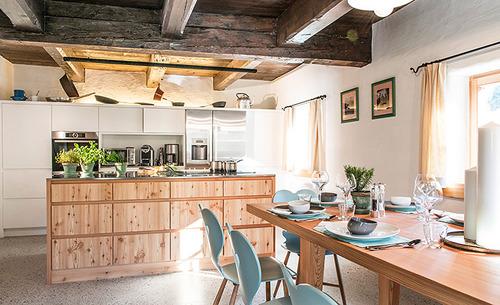Die top-ausgestattete Küche ermöglicht Ihnen die Gestaltung Ihres persönlichen Genussurlaubs im Alpen Chalet Käth und Nanei