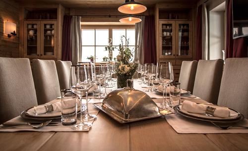 Lassen Sie sich mit dem Private Cooking Service kulinarisch verwöhnen- Luxuschalet Schmiedalm