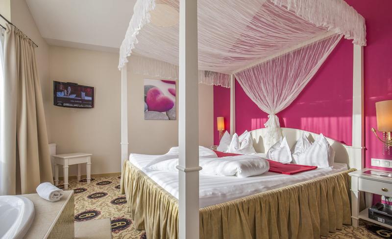 honeymoon-suite-6