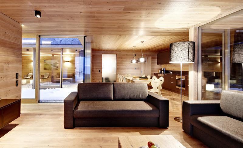 Das Interieur des Ferienhauses Smaragdjuwel ist zu einem Großteil aus Naturmaterialien gefertigt