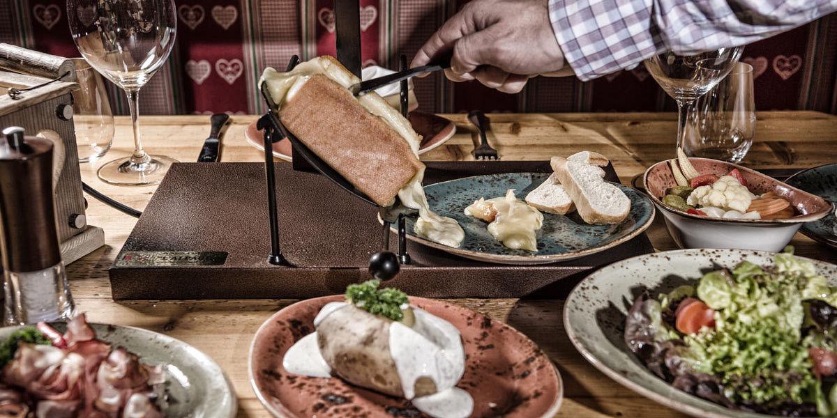 Lassen Sie sich kulinarisch verwöhnen im Hüttendorf Ladizium in Ladis, Tirol