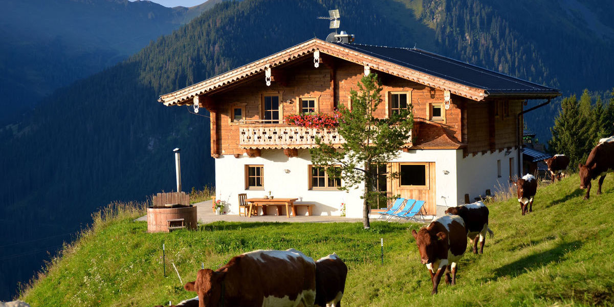 Sommerurlaub in Saalbach-Hinterglemm in Salzburg auf der Alm in der Wallegg-Lodge